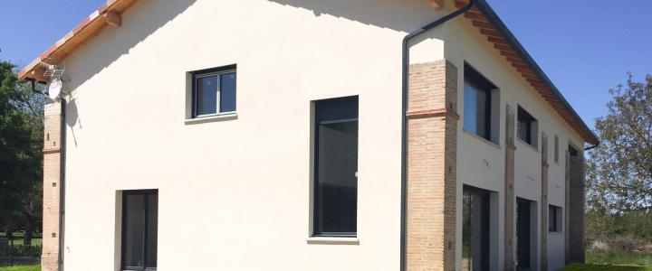 Maison traditionnelle de 193 m2 à Ondes 2
